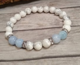Aquamarine and Howlite Gemstone Bracelet