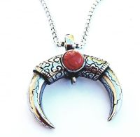 Two Sided Bull Horn Necklace